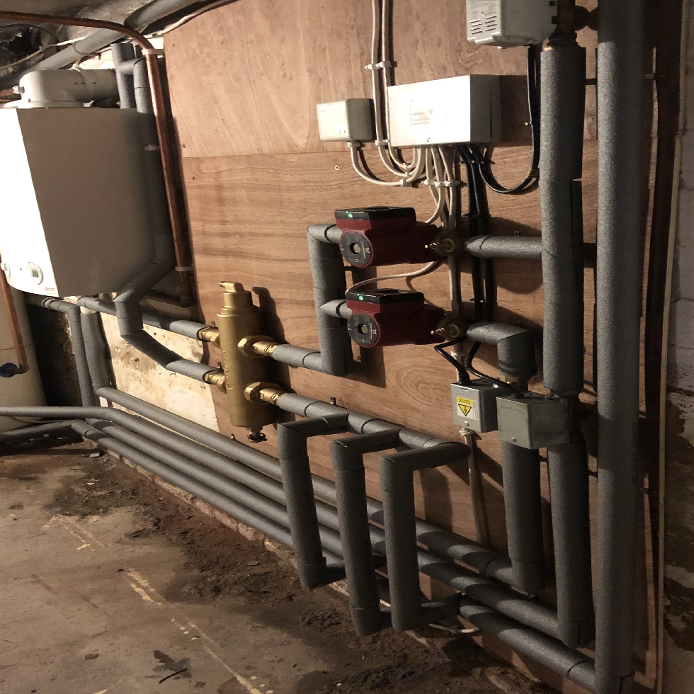 a central heating guide for a complex heating installation could benefit the user